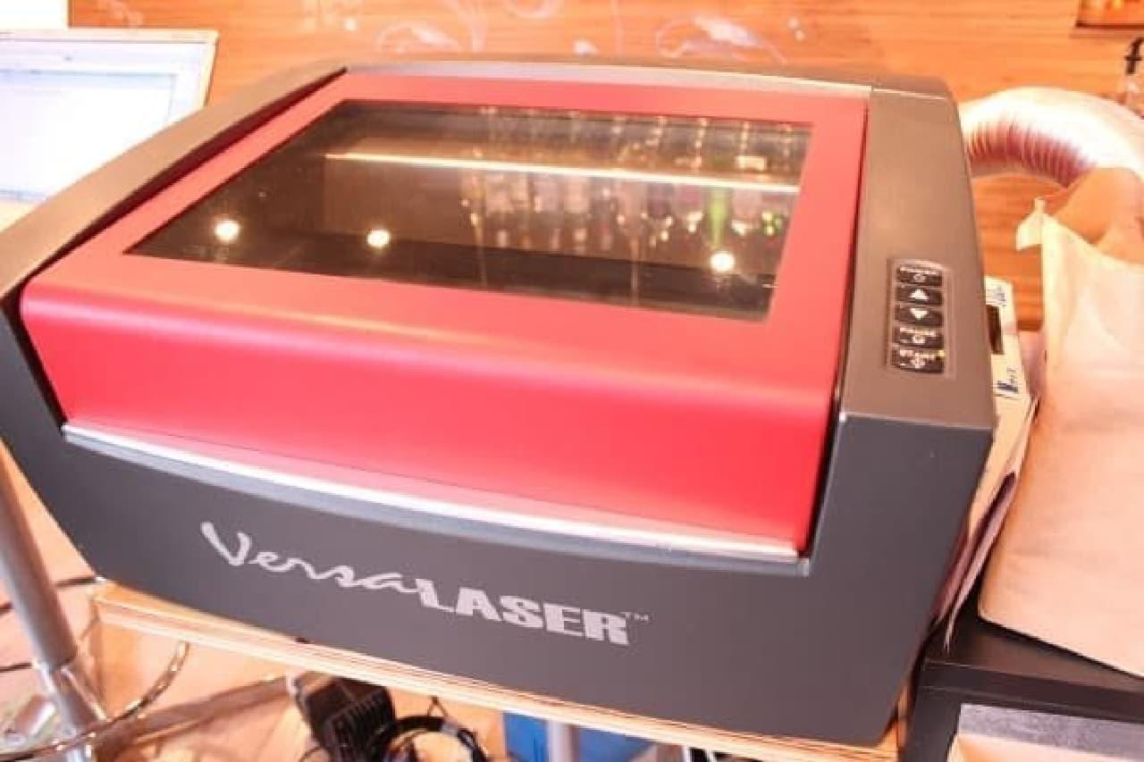 これがマカロン専用レーザーカッター