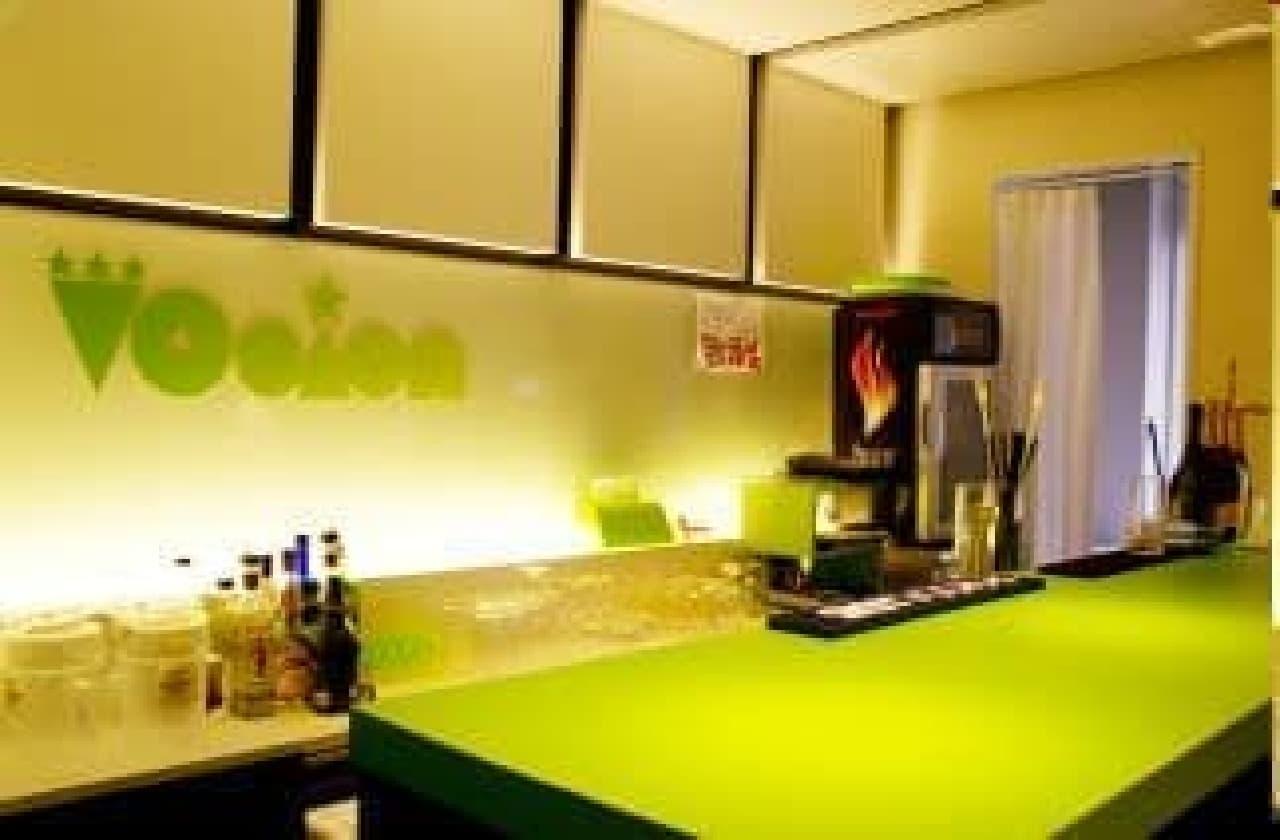 新たな渋谷の観光スポット「ギャルカフェ」がオープン、ギャルサーとのコラボ企画も