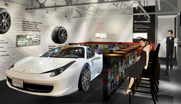 スーパーカーを眺めながら、本格イタリアンを!