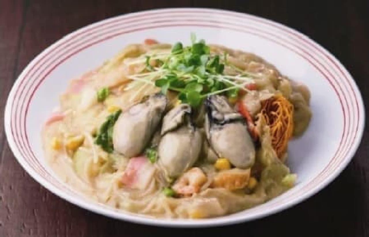 広島県産のでっかい牡蠣が、ごろごろごろっ