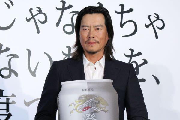 「キリン 澄みきり」のイベントに登場した豊川悦司さん
