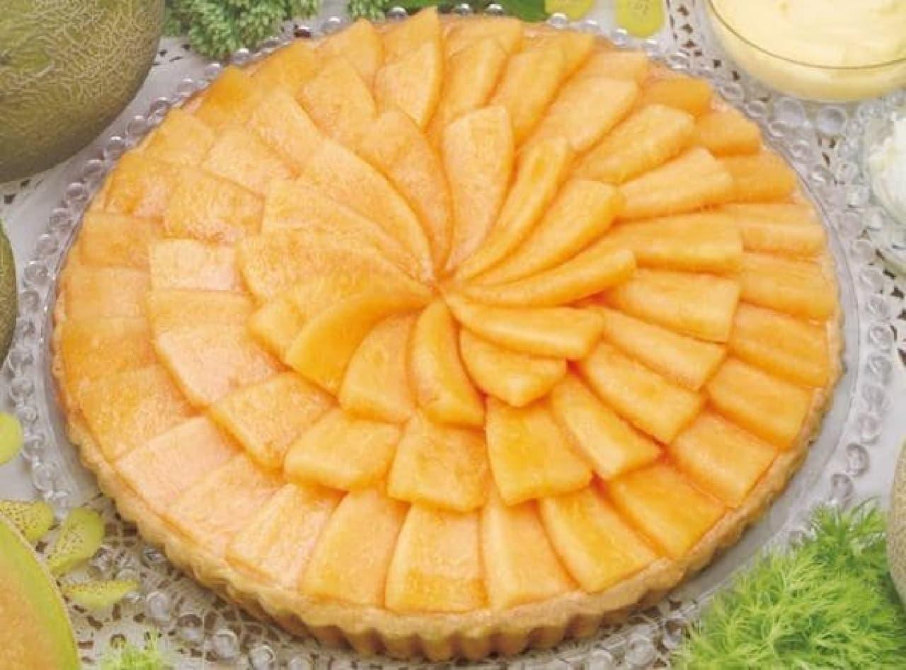一面にオレンジ色の果肉がぎっしり!  (出典:キルフェボン公式 Facebook ページ)