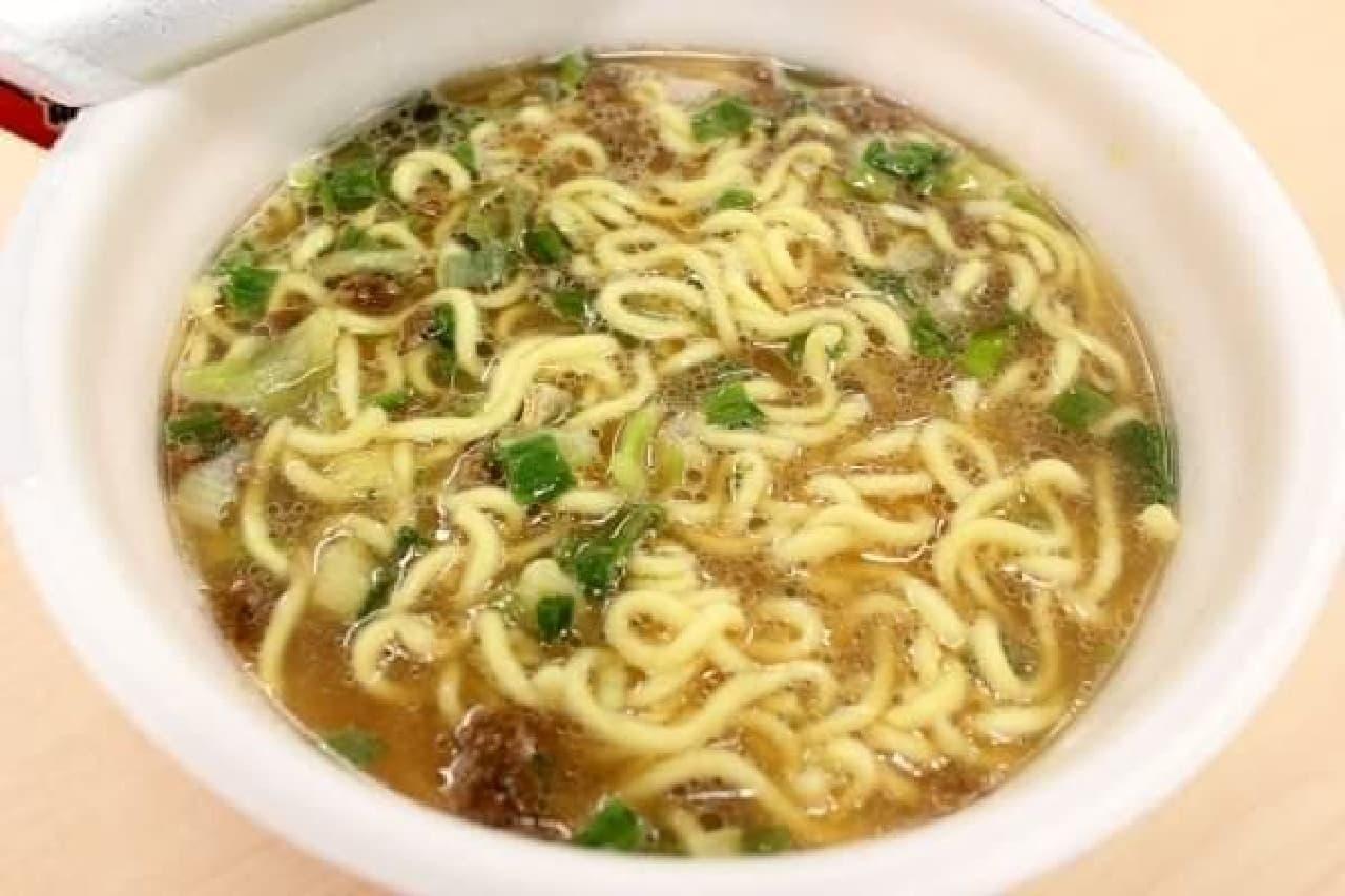 液体スープを入れた