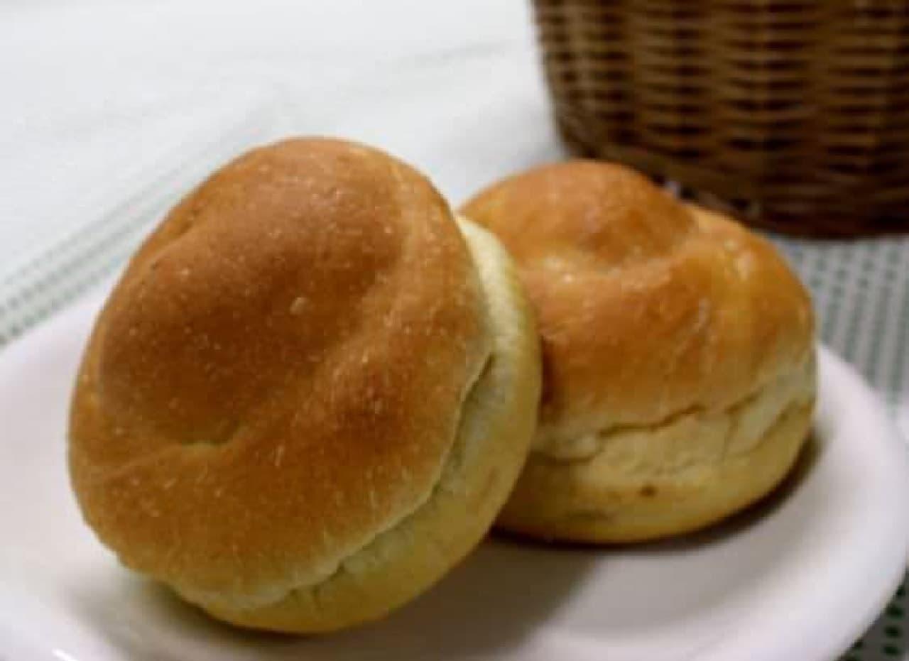 """大豆粉によって、普通のパンより""""もちもち""""としているらしい!"""