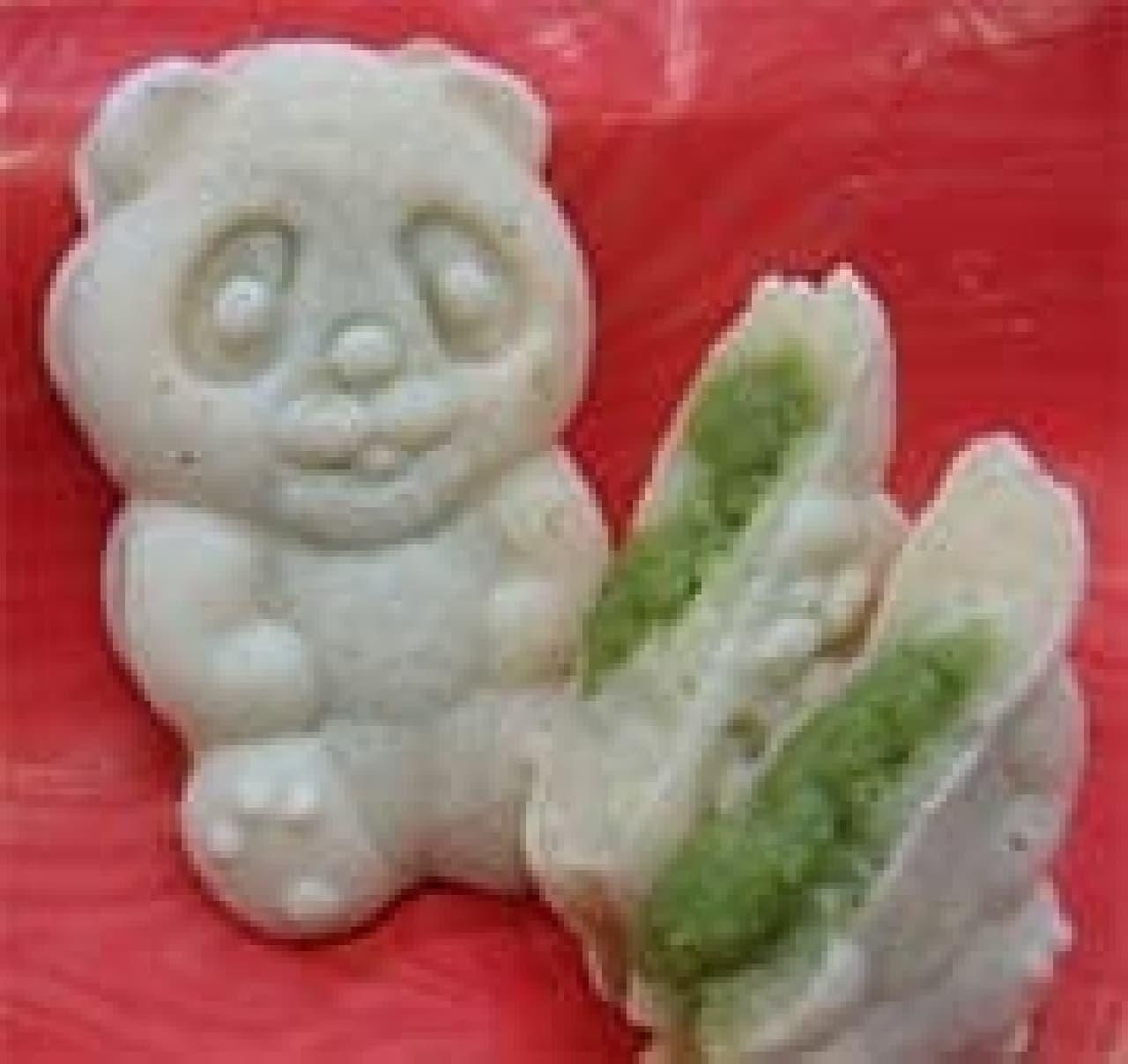 第1回の「おやつ日本一」に選ばれた 新潟県の「白パンダ焼き 弥彦むすめ」