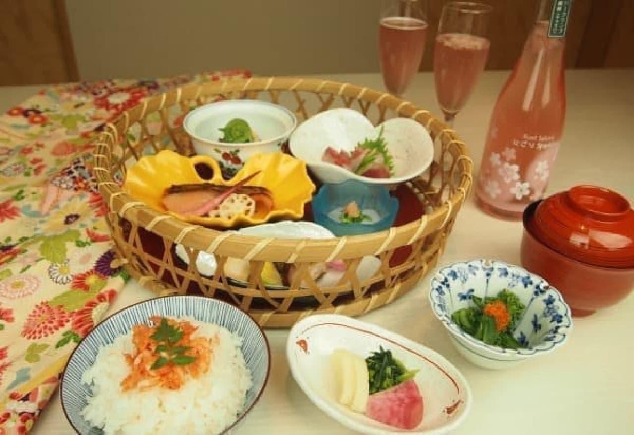 「ホテルでお花見プラン」のディナーコース「桜花膳」
