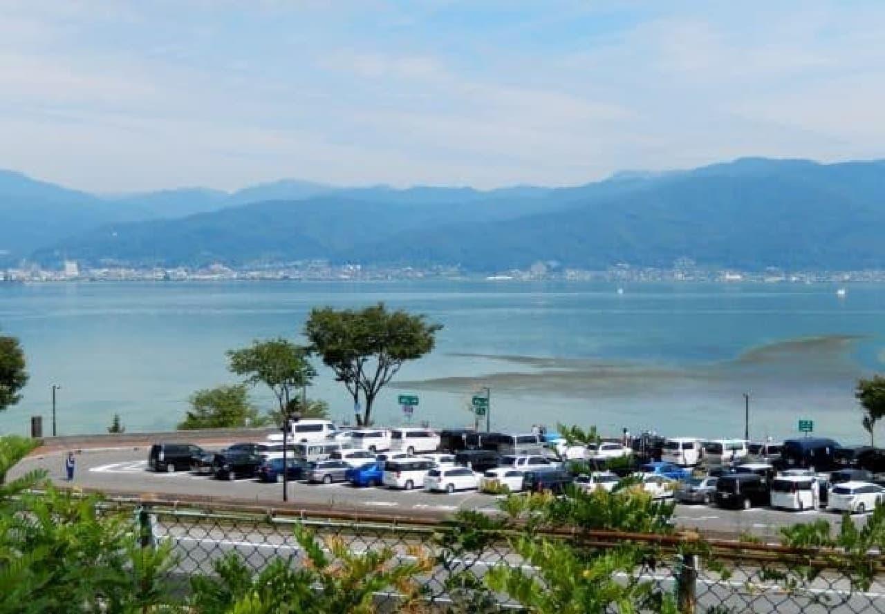 諏訪湖 SA からの眺め。気持ちいい!