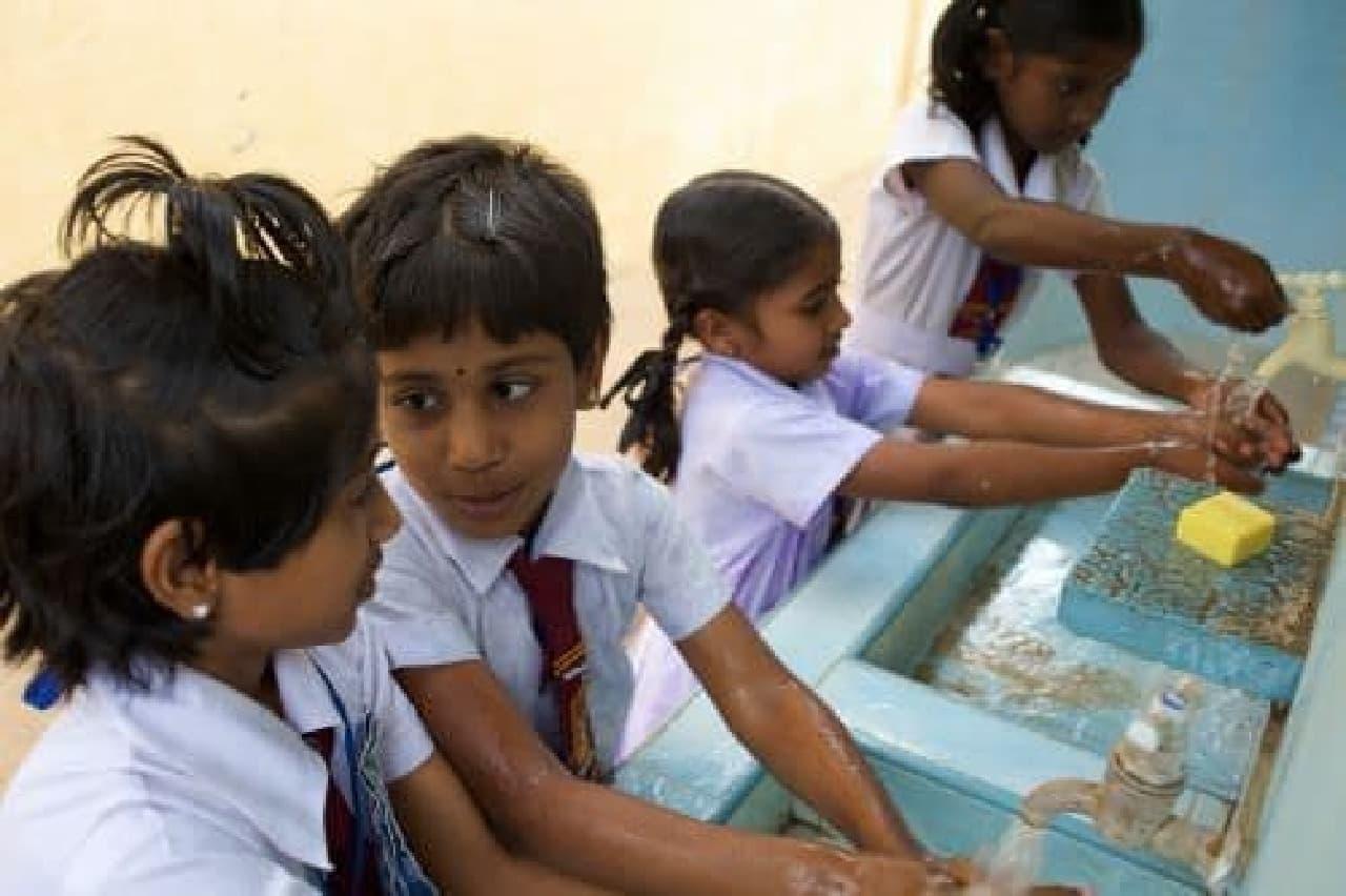 正しく手を洗うためには20秒以上の時間が必要