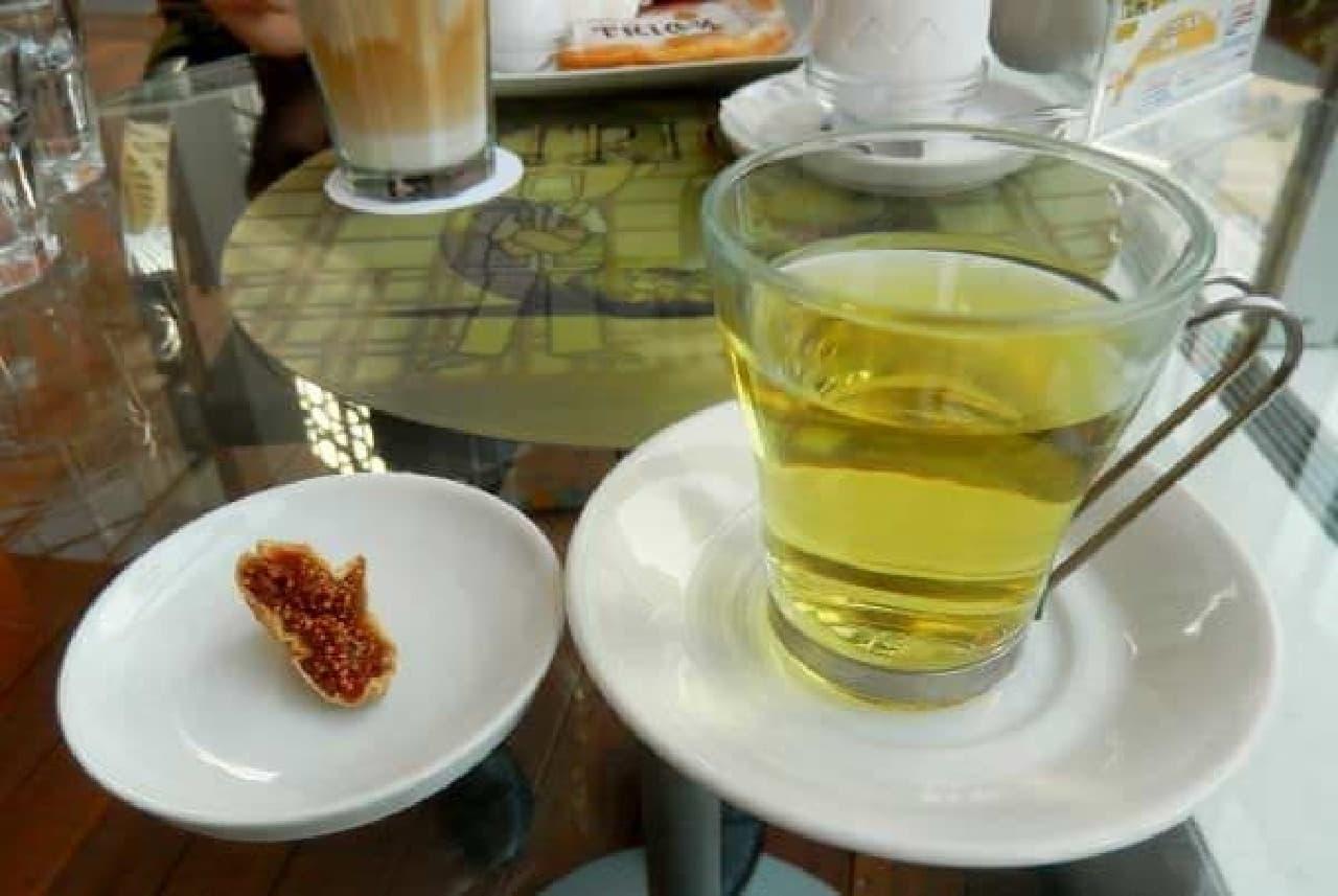 イチジク茶からは、芳醇な香りが