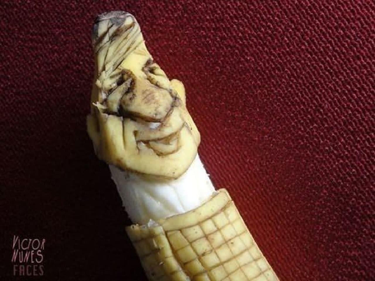 ダンディに微笑む男性