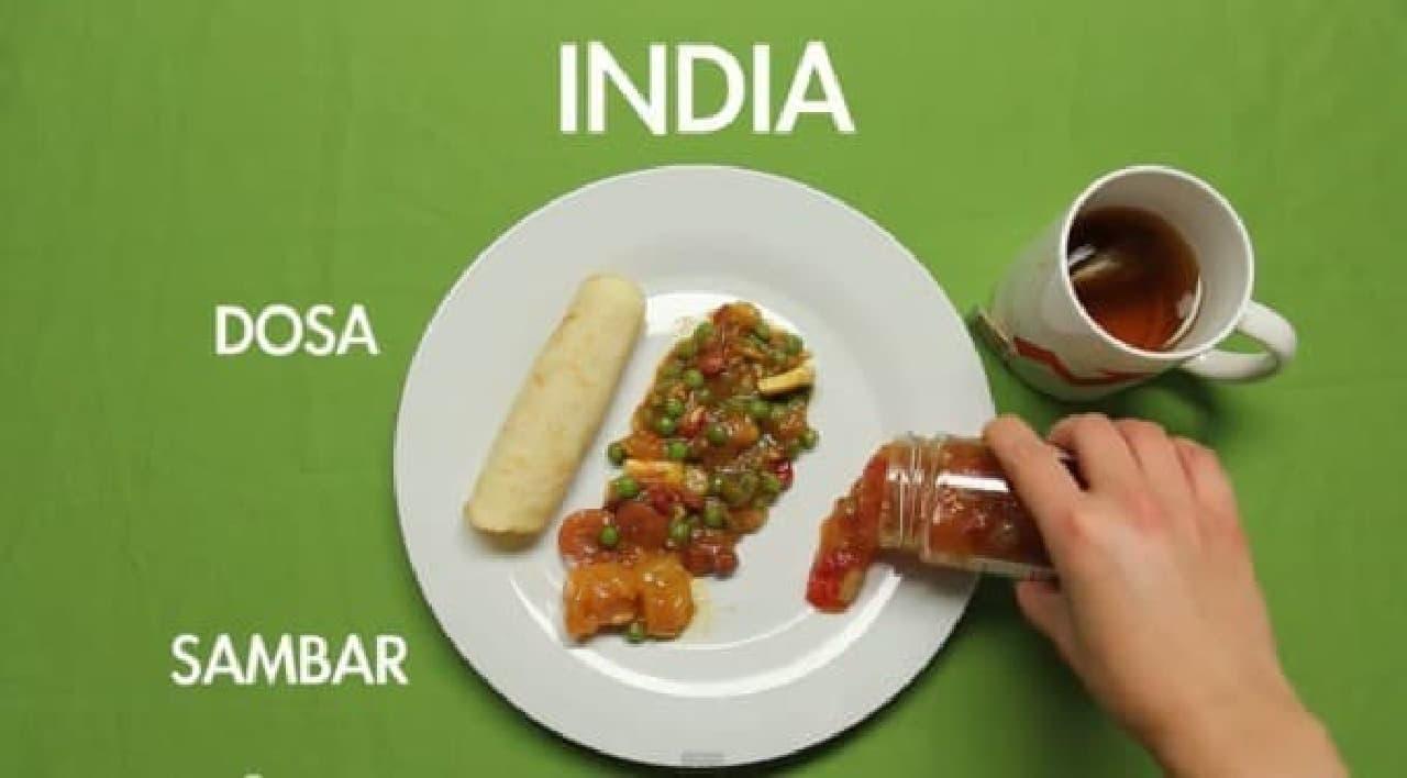 インドの朝ごはん、なんか辛そう