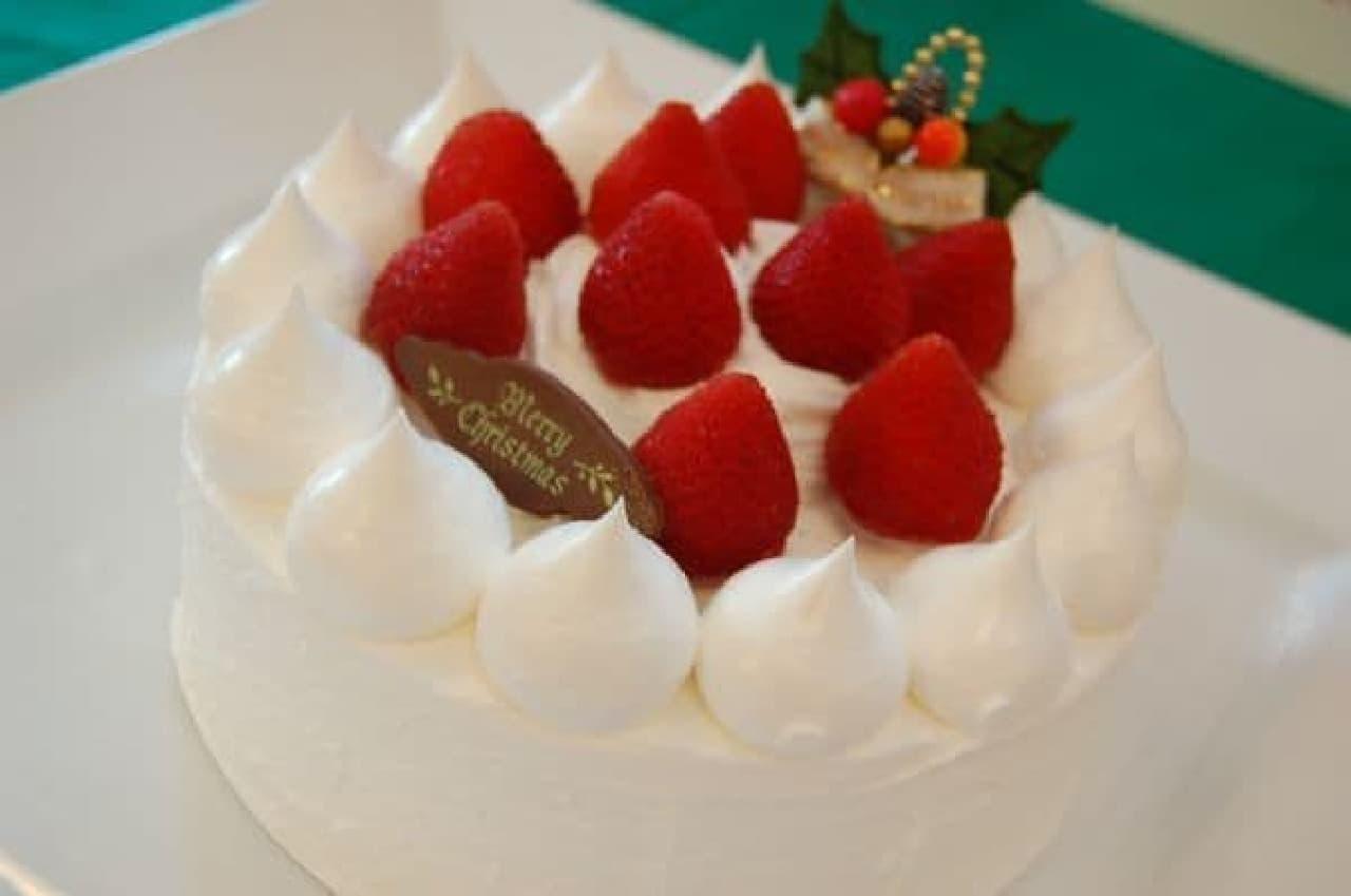 生苺サンドケーキ