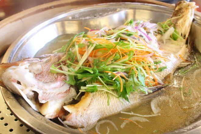 真鯛と香味野菜の蒸し物