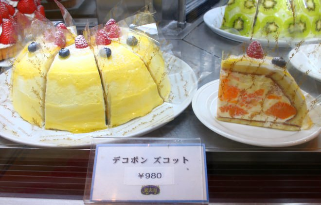 イチゴ以外のフルーツを使ったケーキも