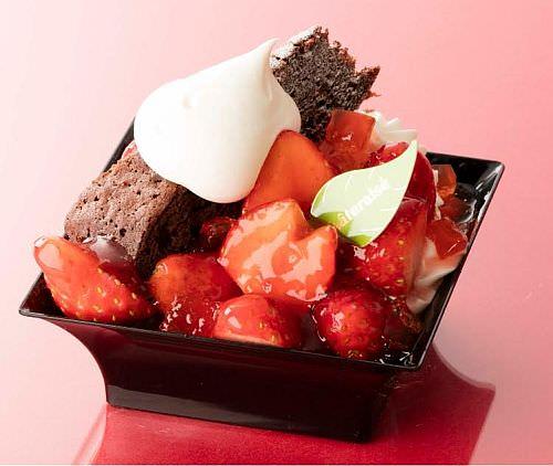 苺たっぷり!!デザートカップ