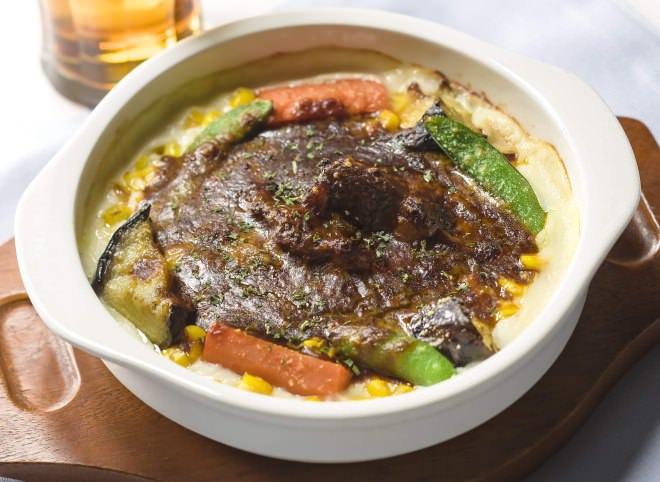 彩り野菜の濃厚ビーフシチュードリア