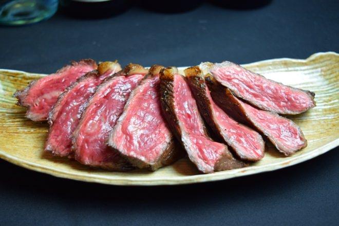 本日の熟成肉(写真はイチボ) 1,980円~
